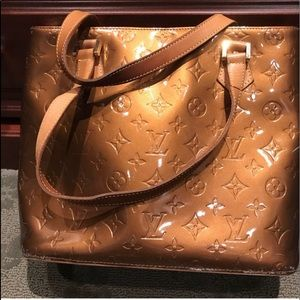 Louis Vuitton Vernis Medium Houston Tote in Bronze